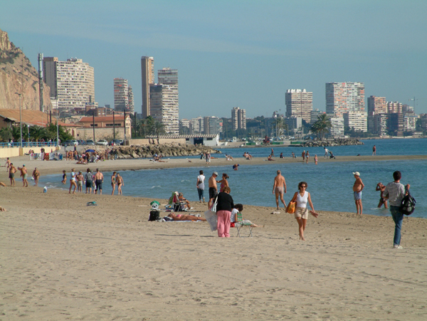 11 Beach near the station
